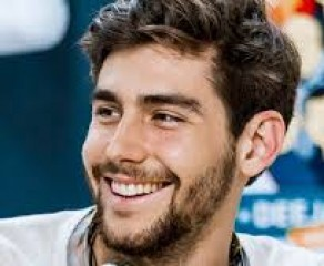"Video: Alvaro Soler - ""Sofia"""